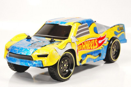 HOT WHEELS automodelis su rampa R/C 1:16, 63257 63257